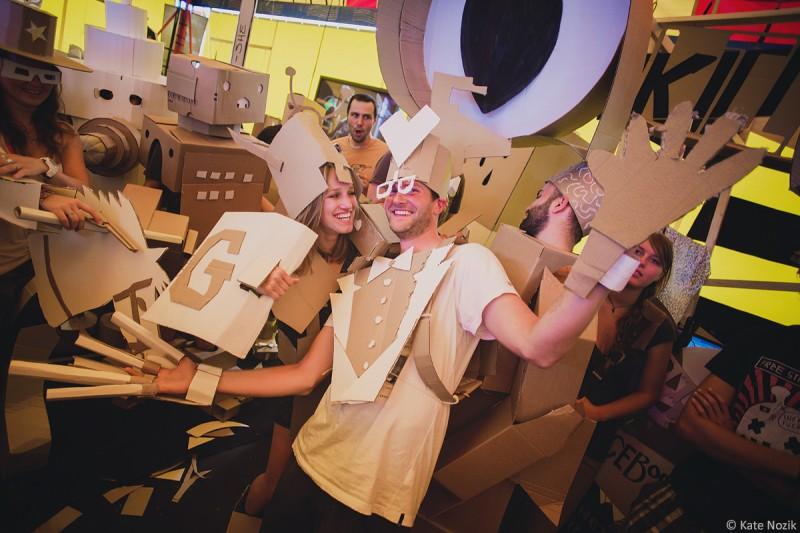 Cardboarden: making automata's